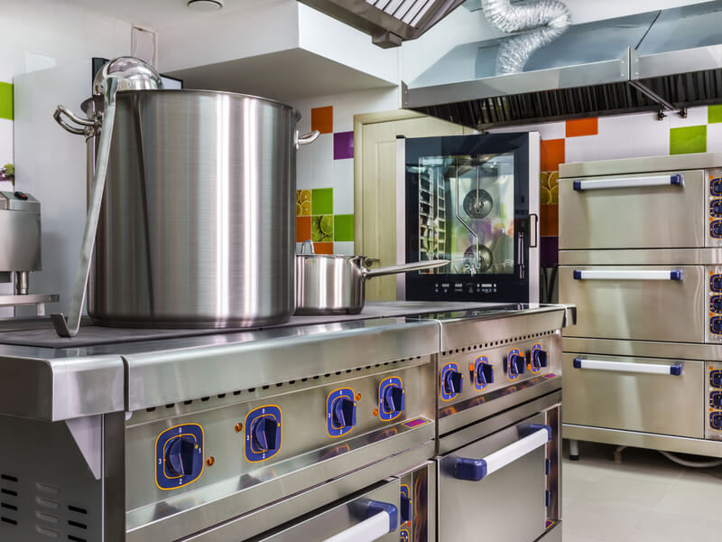 Everything You Need to Know About Commercial Kitchen Deep Cleaning